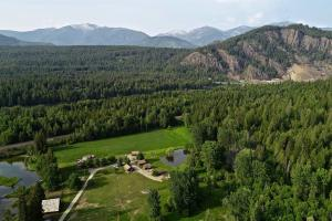 5361 River Rd., Clark Fork, ID 83811