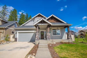 2389 W MOSELLE DR, Coeur d