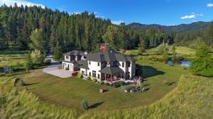 6808 E Ohio Match Rd, Hayden, ID 83835