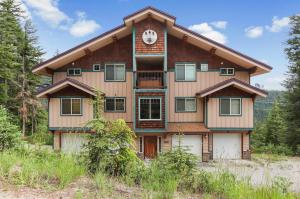 175 Parallel Run Rd, A, Sandpoint, ID 83864
