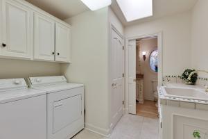 Laundry Room Main level