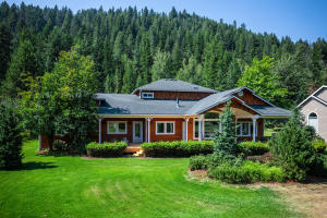 767 Lower Pack River Rd, Sandpoint, ID 83864