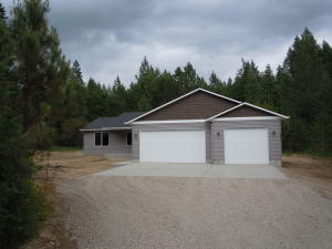2694 Blacktail Rd, Cocolalla, ID 83813