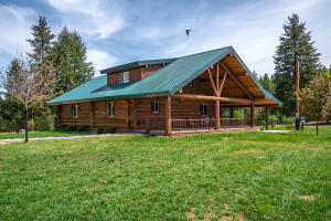 295 Lodgepole Rd., Careywood, ID 83809