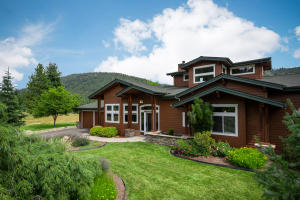 211 Jim Brown Way, Sandpoint, ID 83864