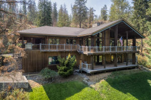 12372 W PARKWAY DR, Post Falls, ID 83854
