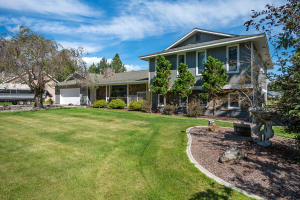 Beautiful spacious home on large lot built for entertaining with amazing space and beautiful touches through out. PRE-INSPECTED!