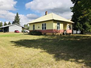 6231 W Madison St, Spirit Lake, ID 83869