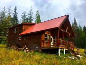 2153 Box Canyon Rd, Sandpoint, ID 83864