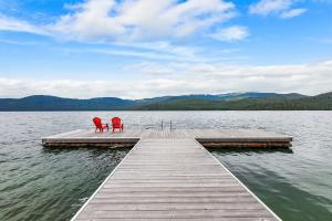 180 N Sandy Shores Ln, Priest Lake, ID 83856