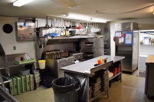 Boars Nest Kitchen 3