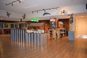 Boars Nest Salad Bar