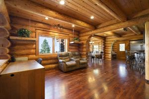 Family room or office nook
