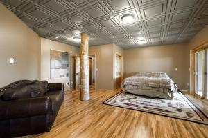 Bedroom of mother-in-law suite
