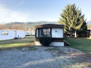 8395 W MEADOW BROOK CIR, Rathdrum, ID 83858