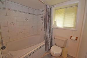 Master Bath Main[35546]