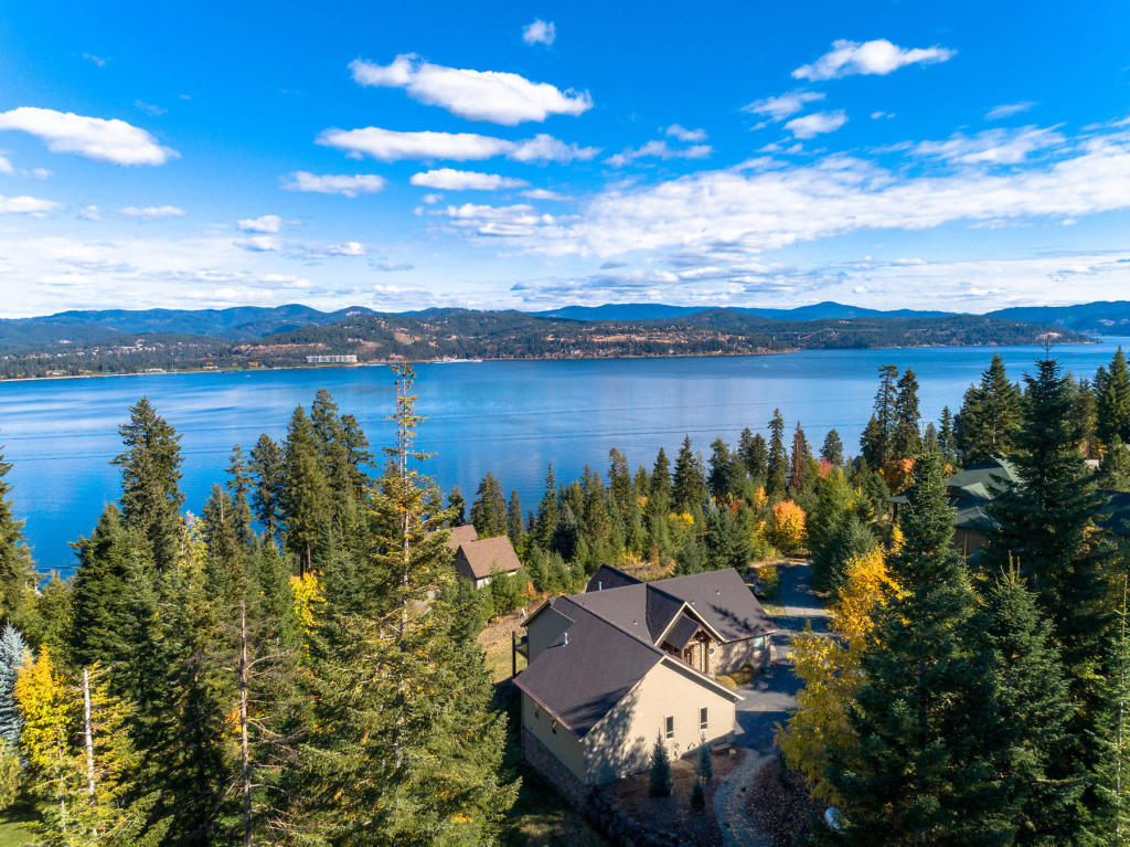 photo of 3567 S CAPEVIEW CT Coeur d'Alene Idaho 83814