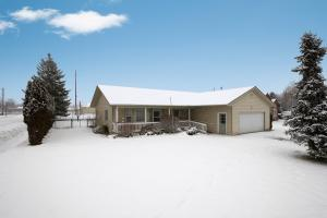 Centrally located single level home