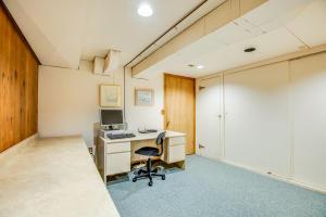 32_Office