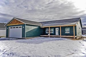 122 Rebeccas Way, Kootenai, ID 83840