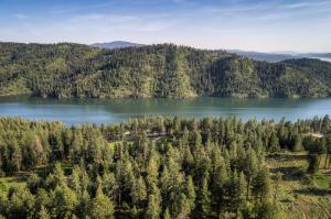 77+ Acres overlooking Fernan & CDA lake