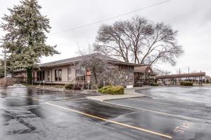 920 W Ironwood Drive-8