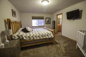 Large master bedroom