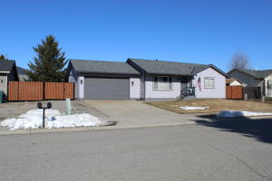 8087 W ARIZONA ST, Rathdrum, ID 83858