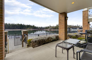 355 W WATERSIDE DR, #104, Post Falls, ID 83854