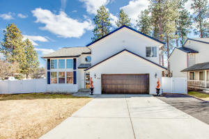 1514 S RIVERSIDE HARBOR DR, Post Falls, ID 83854