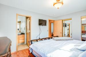 17_Master Bedroom