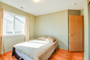 21_Bedroom_1