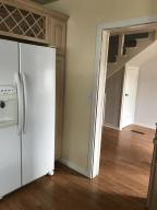 Kitchen to Dining Transition