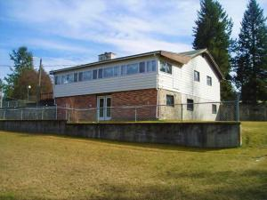 33782 N Fir Ave, Bayview, ID 83803