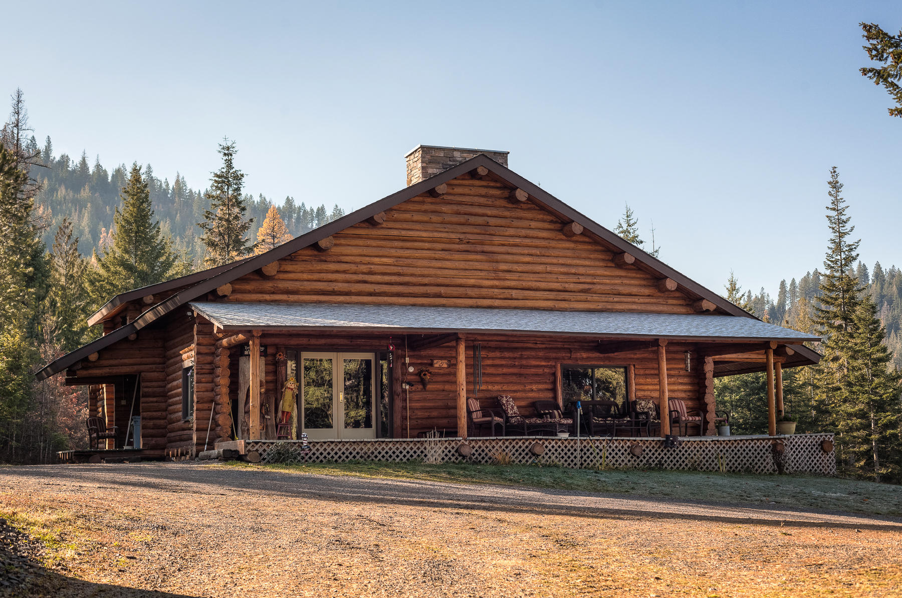 photo of 18105 S HUNGRY HOLLOW DR Harrison Idaho 83833
