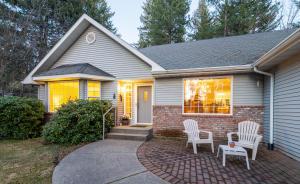10280 N PINES RD, Hayden Lake, ID 83835