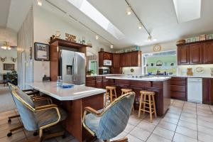 --12-Kitchen
