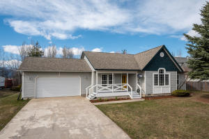 Beautifully Updated Single Level Ponder Point Home with Waterfront Access just minutes from Downtown Sandpoint