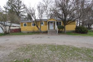 906 N Spokane St, Post Falls, ID 83854
