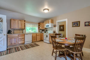 19Kitchen & Dining-SMALL
