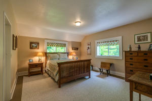 30Master bedroom-SMALL