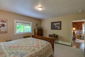 31Master bedroom-SMALL