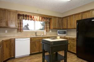 63- Guest Home Kitchen