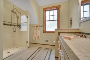 Walkin Shower for Upstairs Bathroom