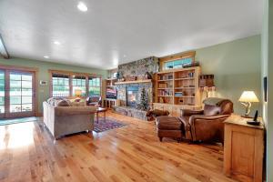 Gas Fireplace and Hardwood Floors