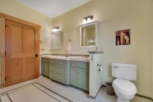 237-s-granite-bay-rd-master-bath-05497