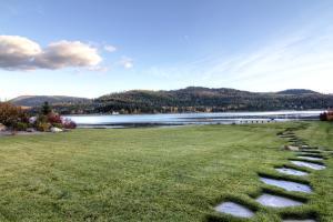 2-lake view 3