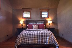 19-lower level bedroom 3