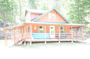 1490 High Meadow Dr, Priest River, ID 83856