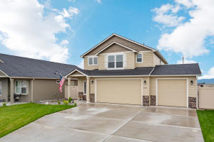 Newly Constructed One of Kind home offer 3 Beds 2.5 Baths 3 Car Garage Fully Fenced Yard and Pre-Inspected!